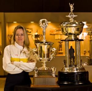 6in Cruse w trophy